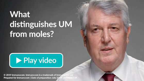 What distinguishes UM from moles